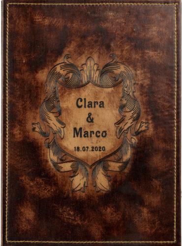 Personalisiertes Hochzeitsbuch in historischem Design