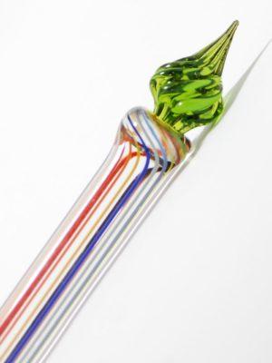 Glasfeder bunt gestreift mit grüner Spitze